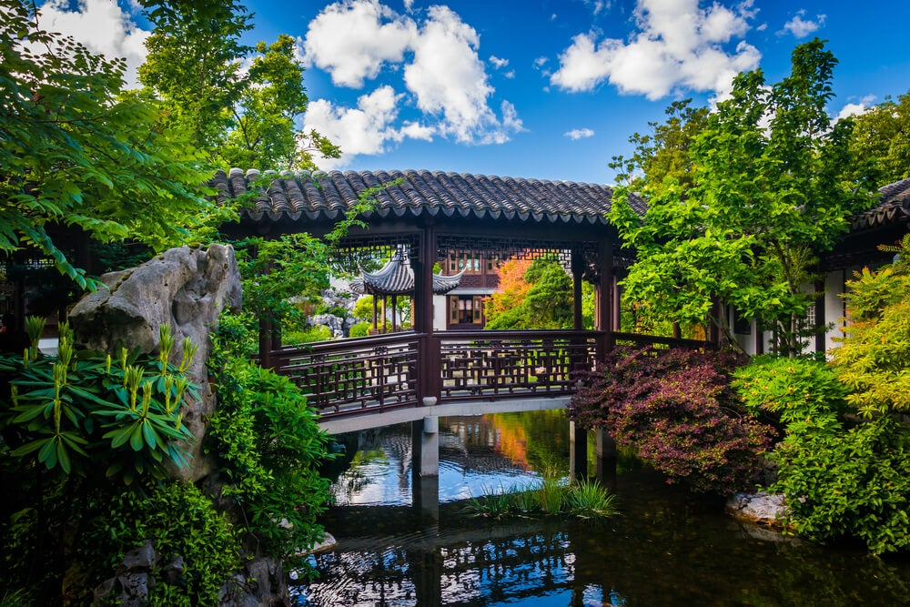 El jardín chino y sus tres elementos básicos