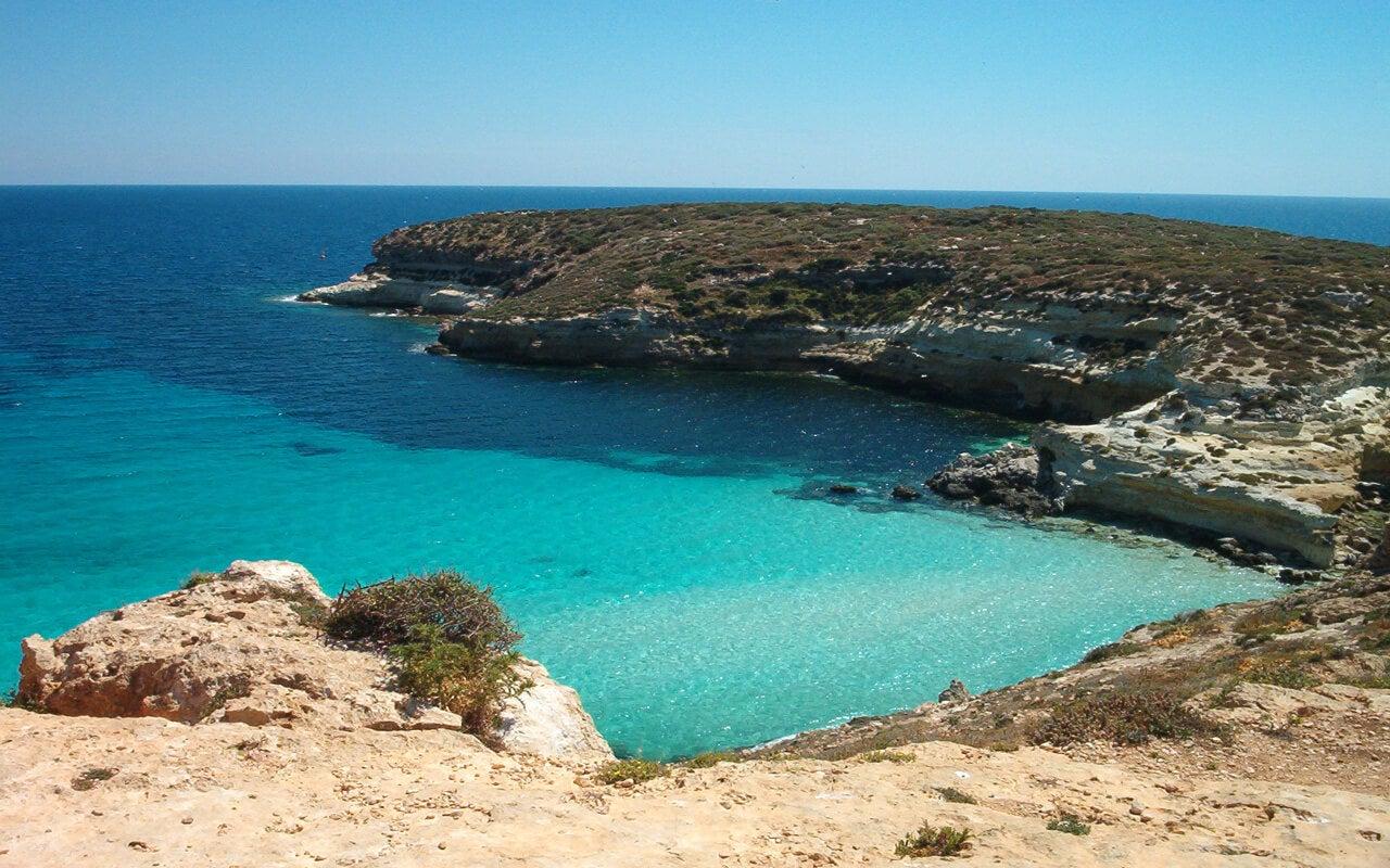Lampedusa cerca de la isla de Sicilia