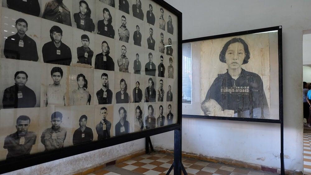 Museo del Genocidio de Tuol Sleng en Camboya
