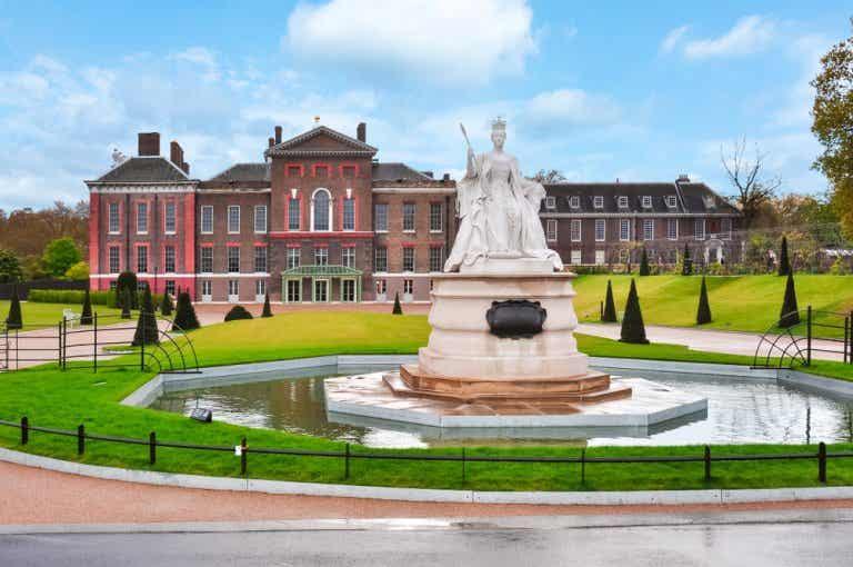 Visita el palacio de Kensington y sus jardines en Londres