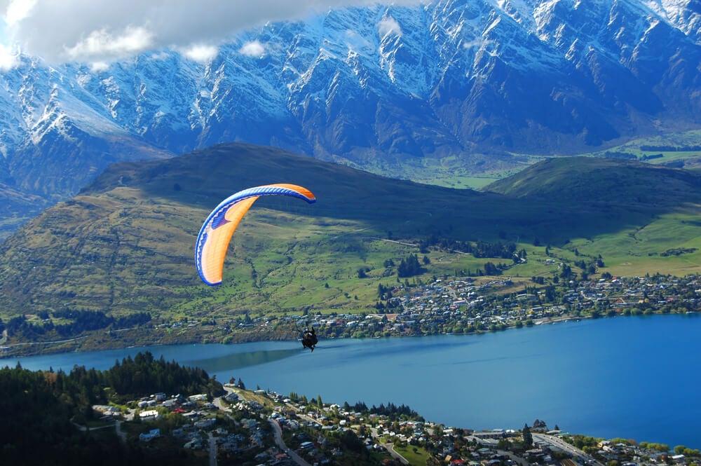 Los mejores lugares de Queenstown para tirarse en paracaídas