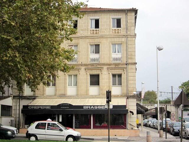 Place Lamartine de Arles