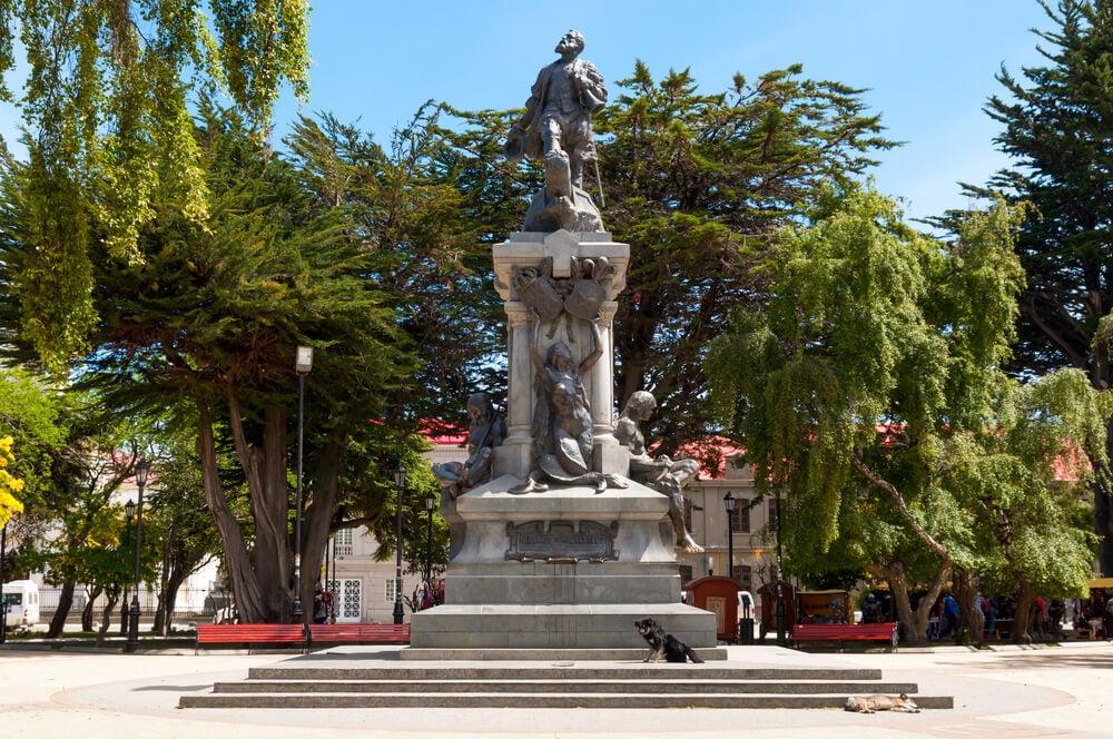 Monumento a Maallanes de Punta Arenas
