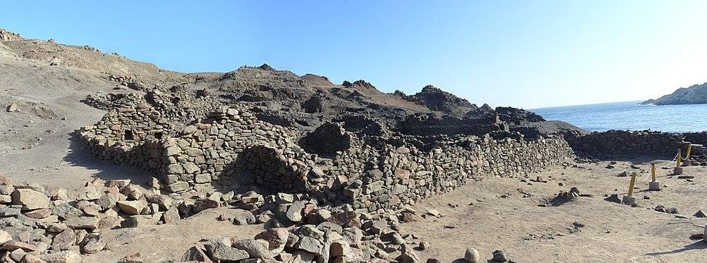 Construcciones en Quebrada de la Vaca