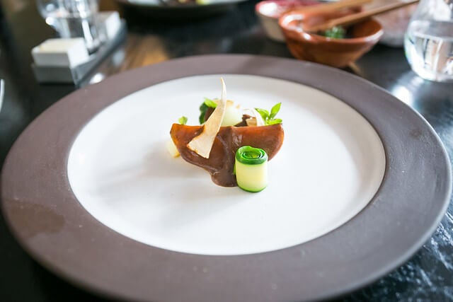 Plato del restaurante Quintonil