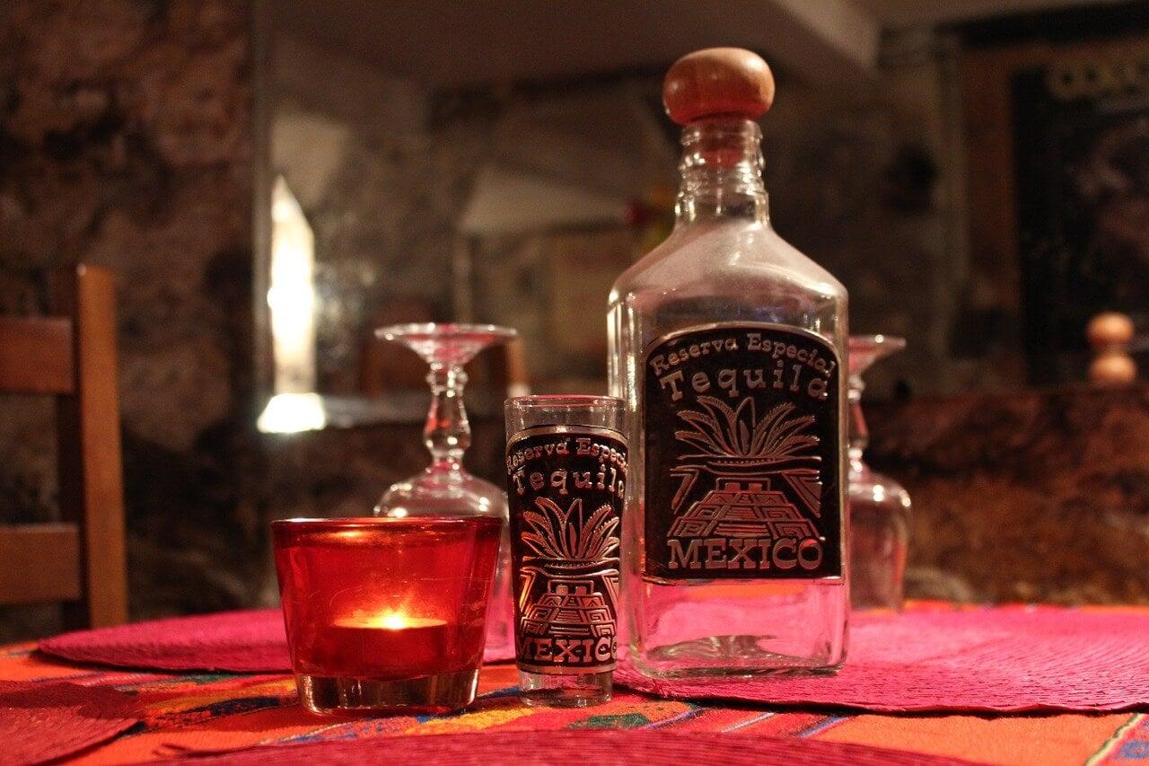 Botella de tequila