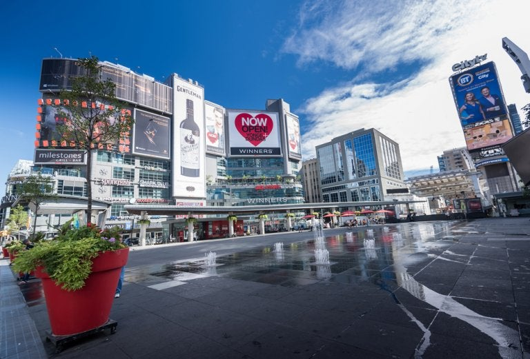 Las ciudades canadienses reinventan sus centros comerciales