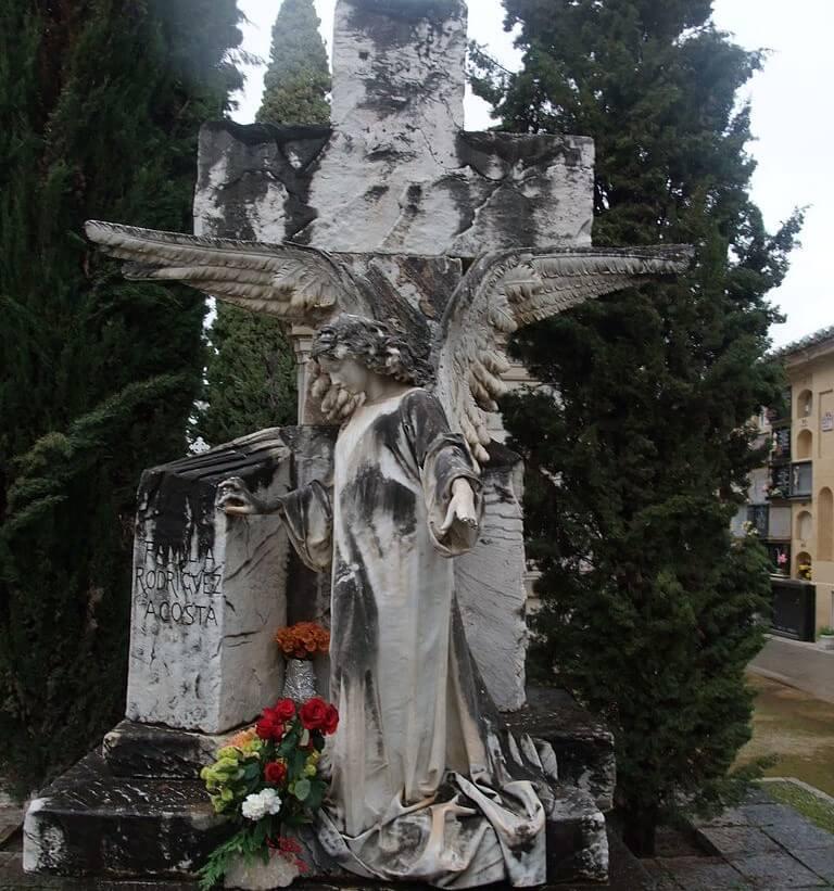 Tumba de José María Rodríguez Acosta en el cementerio de San José de Granada