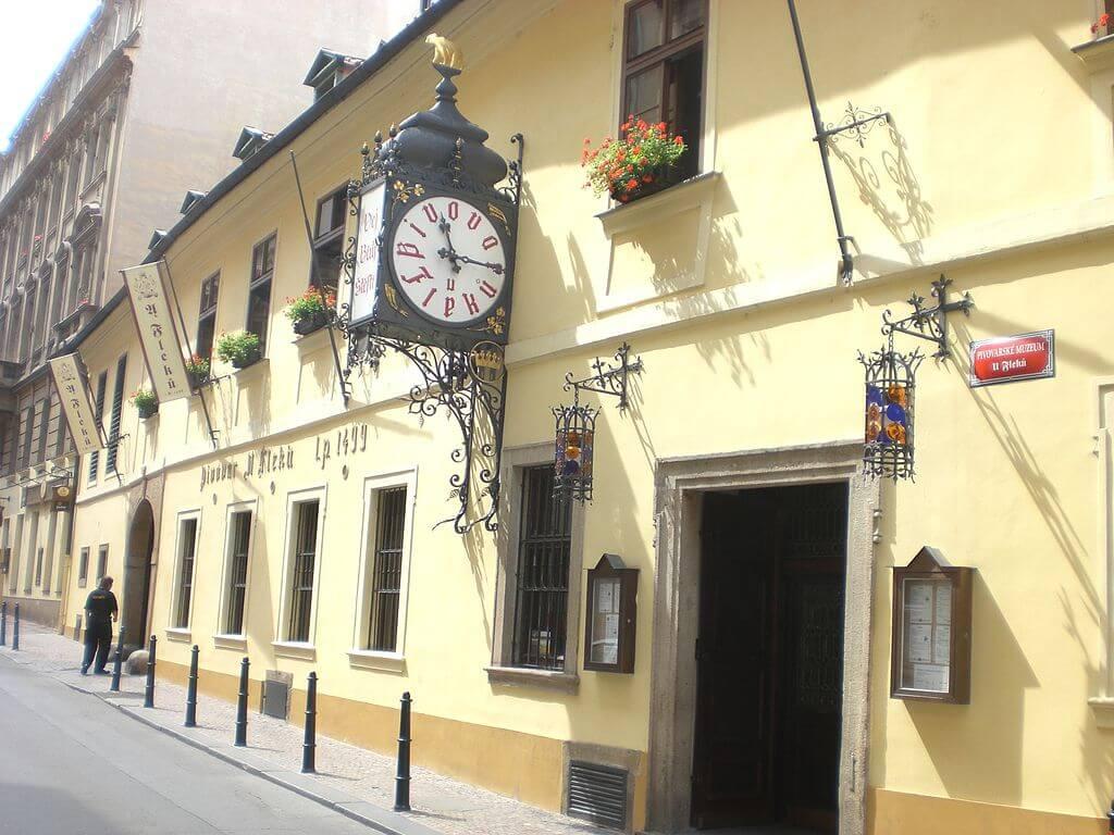 U Fleku, uno delos bares más antiguos de Praga
