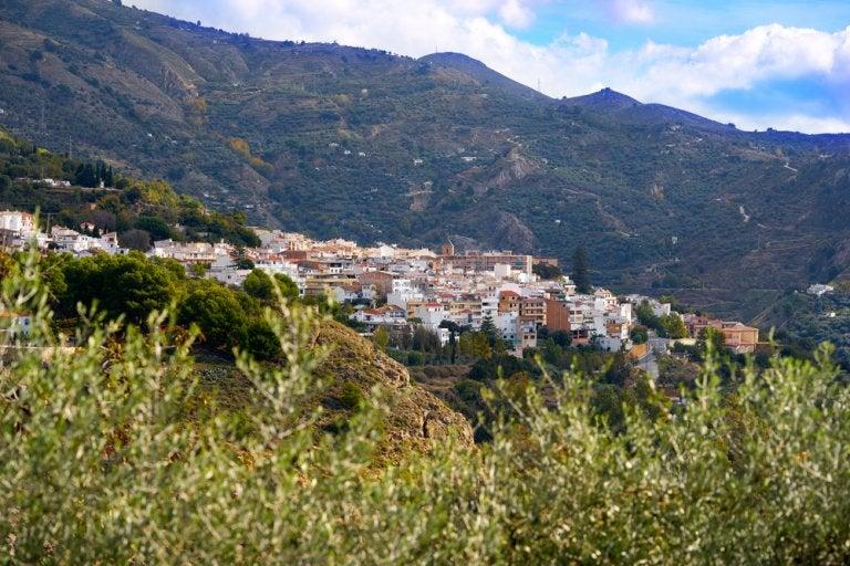 Descubre Lanjarón, el pueblo del agua de Granada