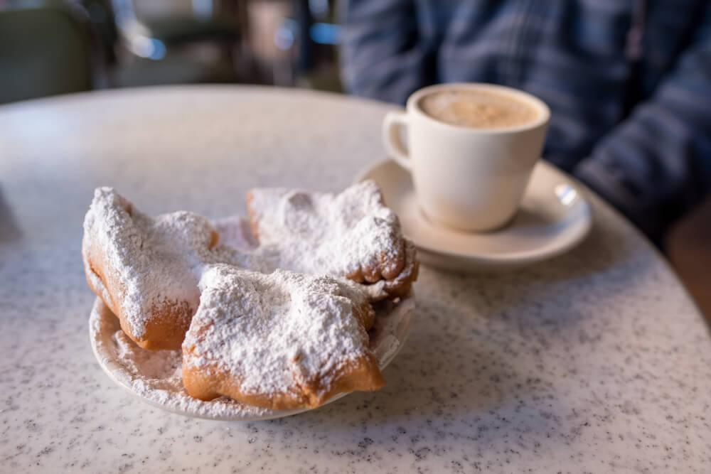 Beignets típicos de Nueva Orleans