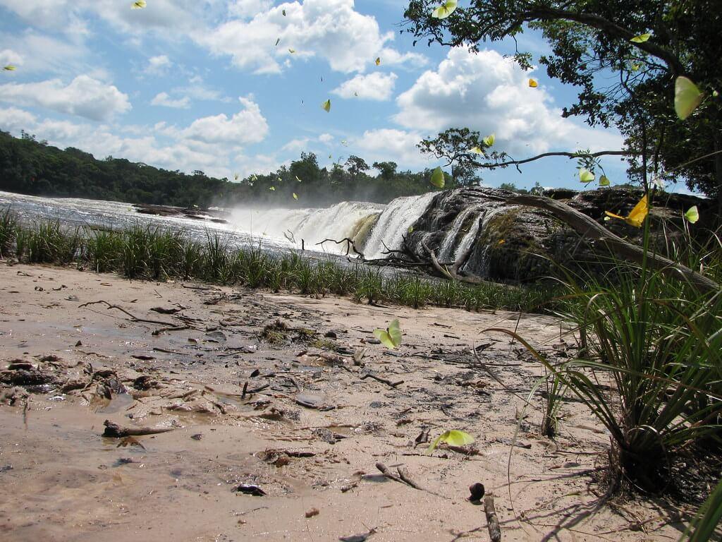 Cascada en Chiribiquete