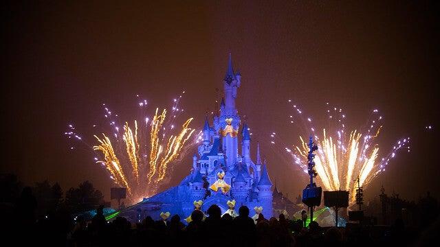 Fuegos artificiales en Disney París