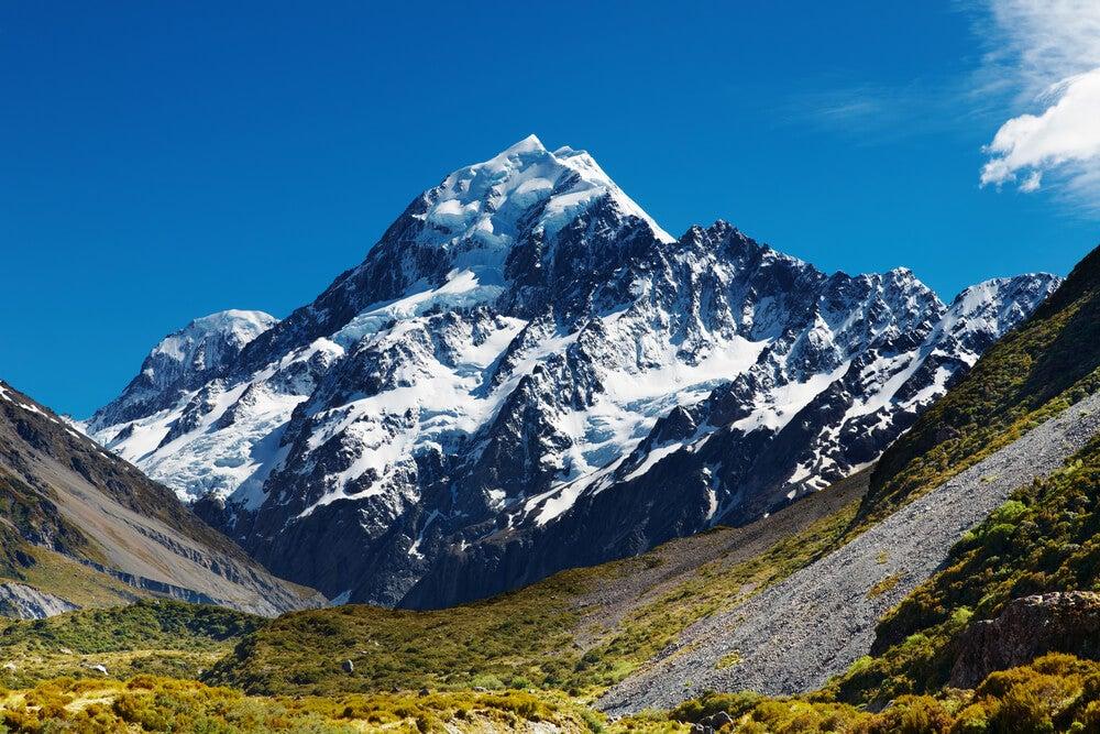 Mount Cook en Nueva Zelanda y su laguna mágica