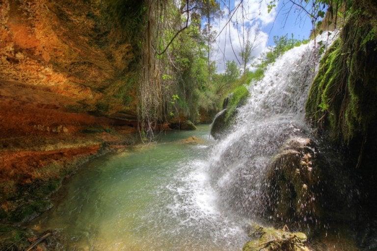 Cascadas en Mariola: el nacimiento del Vinalopó