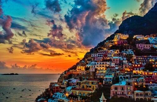 Los atardeceres en la costa Amalfitana son una maravilla.