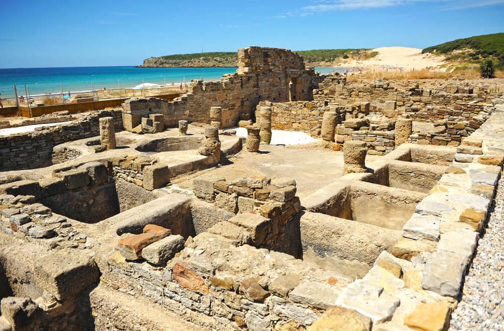 Factoría de salazones en la ciudad romana de Baelo Claudia