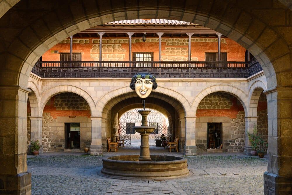 Casa de la Moneda de Potosí, promovida por el virrey Toledo