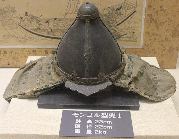 Casco de un guerrero mongol