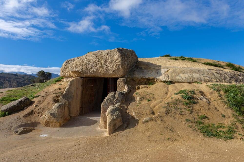 Dólmen de Menga, uno de los monumentos más antiguos
