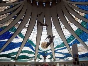 Interior de la catedral de Brasilia