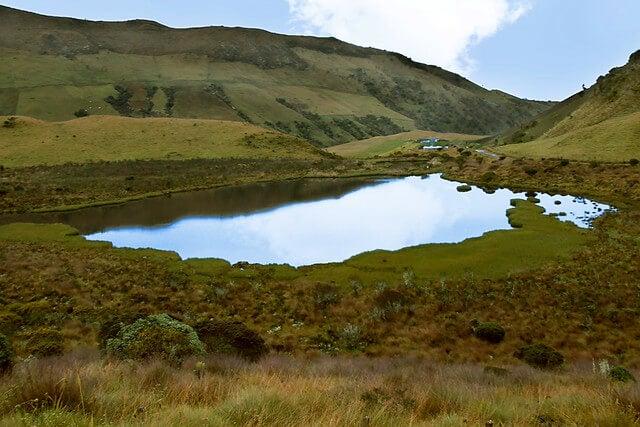 Laguna en Los Nevados