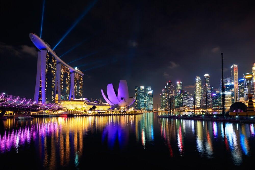Marina bya Sands por la noche