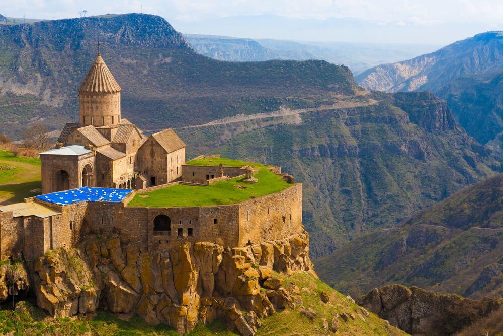 Descubrimos los bellos monasterios de Armenia