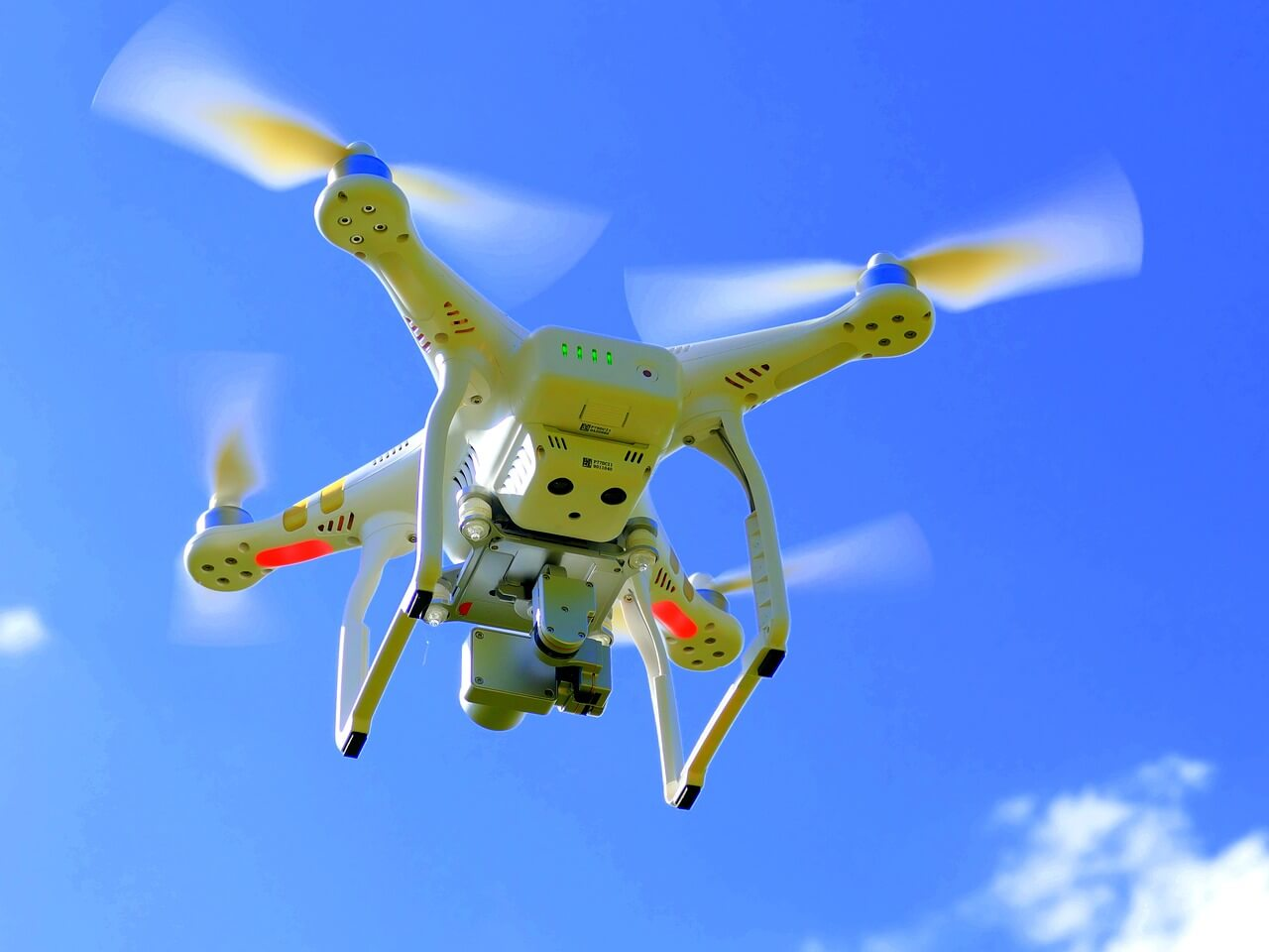 Dron volando
