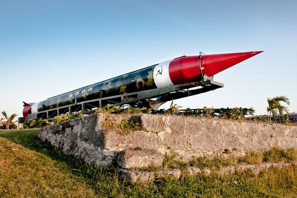 La crisis de los misiles en Cuba durante la Guerra Fría