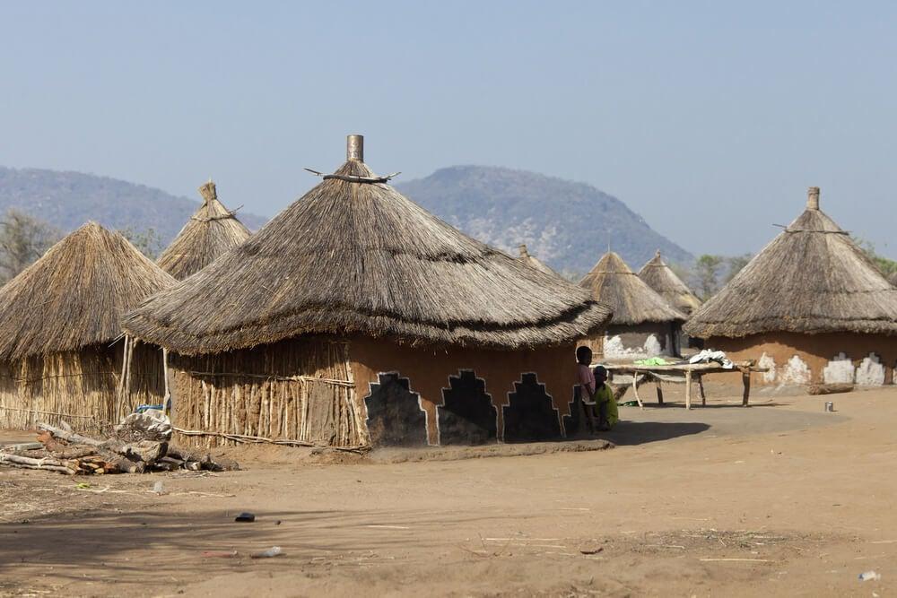 Poblado en Sudán del Sur, uno de los países más pobres del mundo