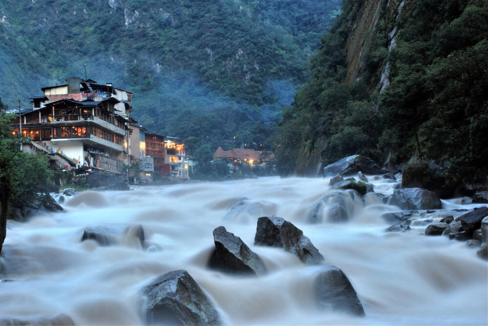 Aguas Calientes, unod e los lugares de aguas termales en el Perú