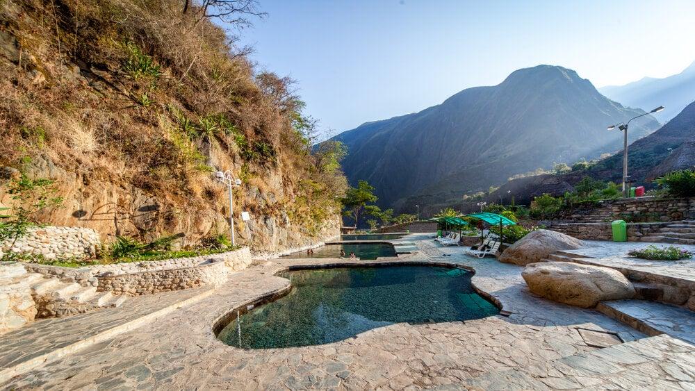 Aguas termales en el Perú: un hermoso entorno natural