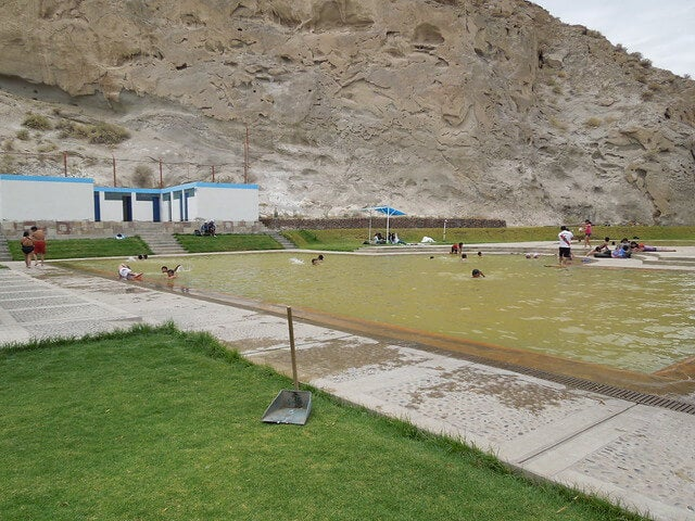Aguas termales en Yura