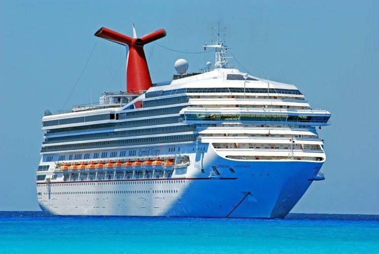 Los pros y los contras de hacer un crucero