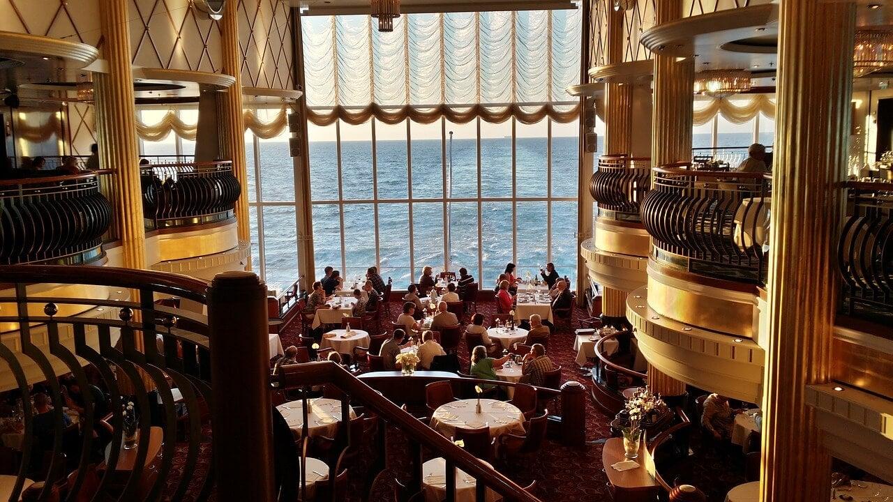Restaurante en crucero