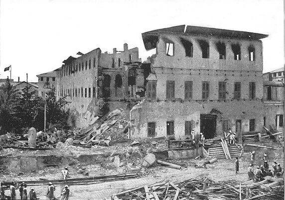 Palacio del sultán tras la guerra más corta de la historia