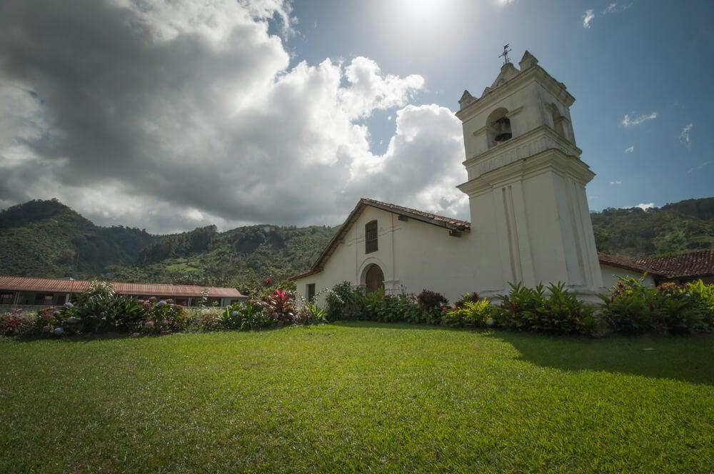 Iglesia de San José de Orosi
