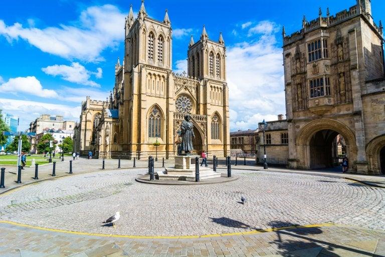 Descubrimos la preciosa catedral de Bristol