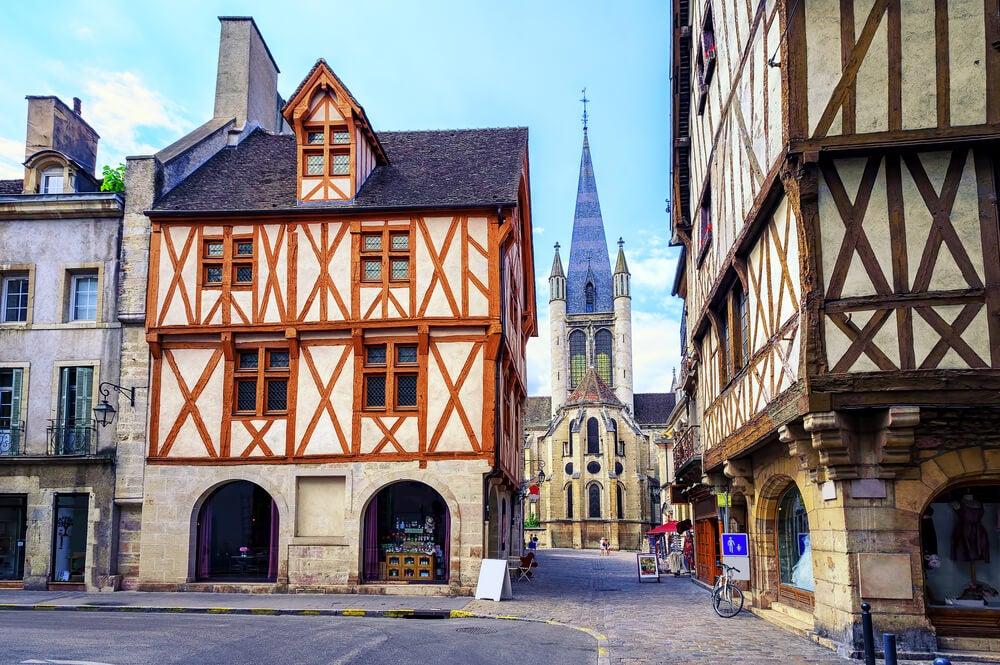 Notre Dame de Dijon, parte de la historia de Borgoña