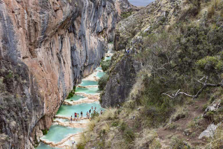 Las aguas turquesas de Millpu: un hermoso lugar para visitar
