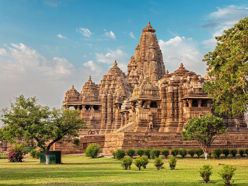 Los singulares templos eróticos de Khajuraho
