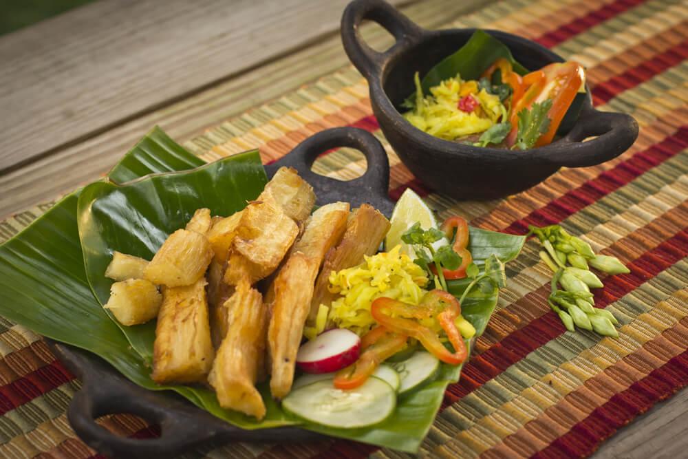 Yuca frita típica de la gastronomía salvadoreña