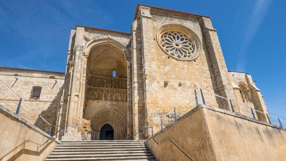Visitamos la iglesia de Santa María de Villalcázar de Sirga