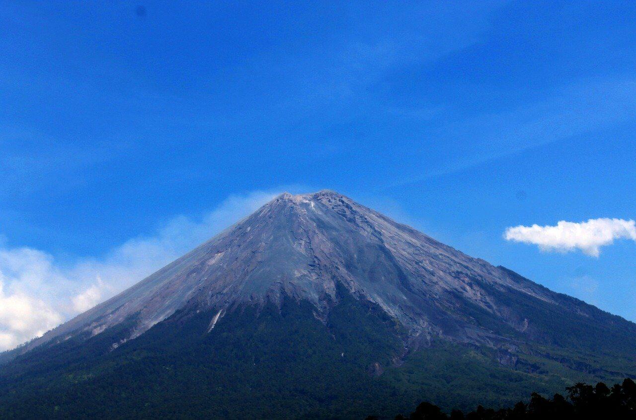 Volcán Semeru