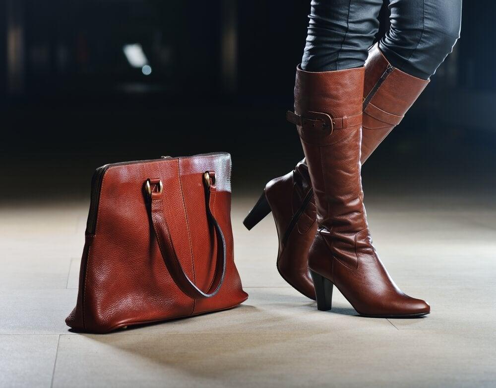Mujer con botas