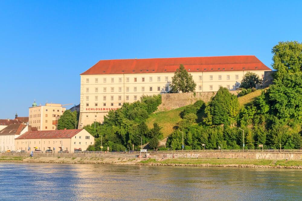 Vista del Schlossmuseum en Linz