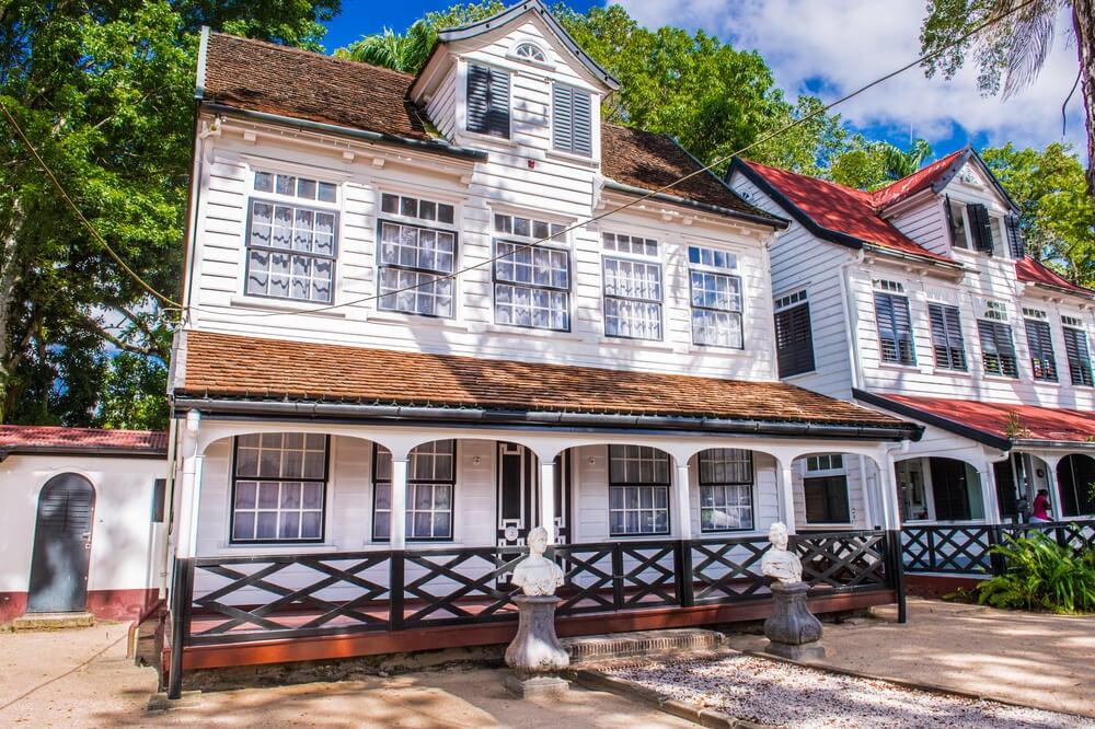 La belleza colonial de Paramaribo en Surinam