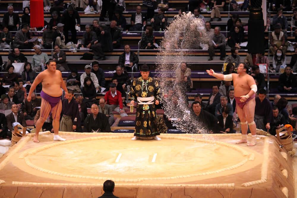 Ceremonia de inicio de un combate