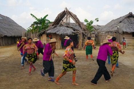 Danza tradicional kuna
